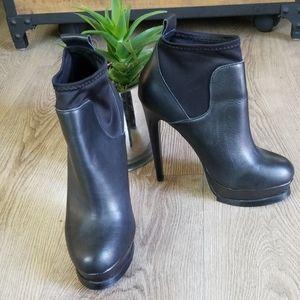 Steve Madden Black Leather Platform Booties